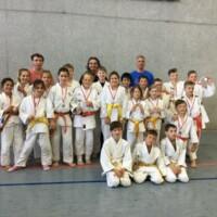 Judomädchen wiederholen Mannschaftspokalerfolg!